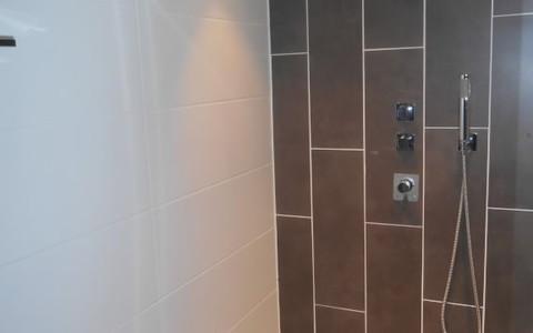 badkamer 3.jpg